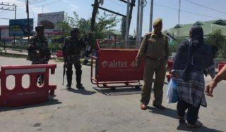 Kashmir: Roads blocked, security tightened after call for march
