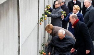 Berlin Wall anniversary: Watching the fall at 9 years old