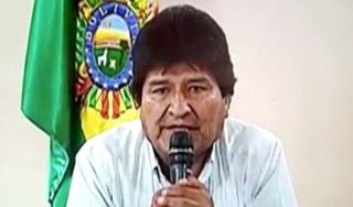 Bolivia crisis: Ex-President Morales offered asylum in Mexico