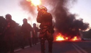 Greek clashes break out over new migrant camps