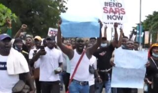 Protesters dead after violent clashes with government forces in Nigeria