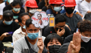 Protesters gather in Bangkok after PM snubs call to resign