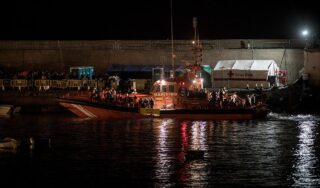 At least seven people die after boat hits rocks near Lanzarote