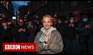 Thousands across Russia defy ban on Alexei Navalny protests – BBC News