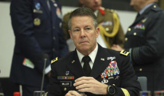 U.S. general packs up a war he never expected to fight for 20 years