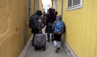 U.S. to admit asylum-seekers who had to wait in Mexico