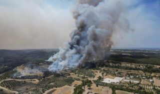 Wildfires rage in Turkey as more tourists evacuated from resorts